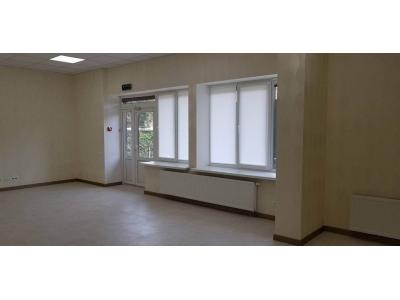 Офис с отдельным входом на Щорса 36