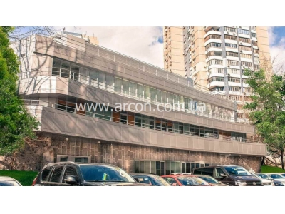 Офисный комплекс на Старонаводницкой