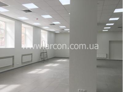 Бизнес центр возле метро Лыбедская