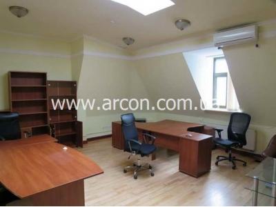 Бизнес центр на Липках