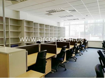 Офисные помещения в админздании на Рижской