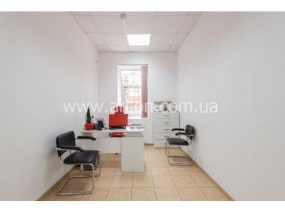 Бизнес центр на Саксаганского продажа