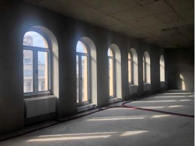 Аренда здания на Липках