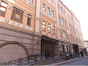 Аренда фасадного помещения на Подоле