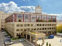 Бизнес центр на Набережной Днепра